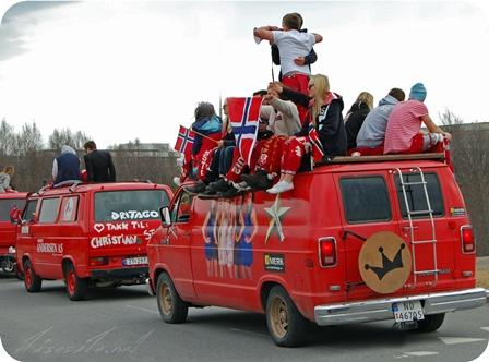 64_russ_parade2.jpg