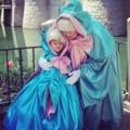 Az apa, aki tényleg hercegnőként kezeli a lányát