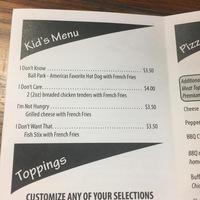 Gyerekkel étteremben kaját választani: mission impossible - VOLT