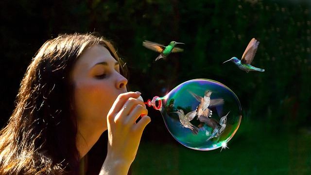 blow-bubbles-3845629_640.jpg