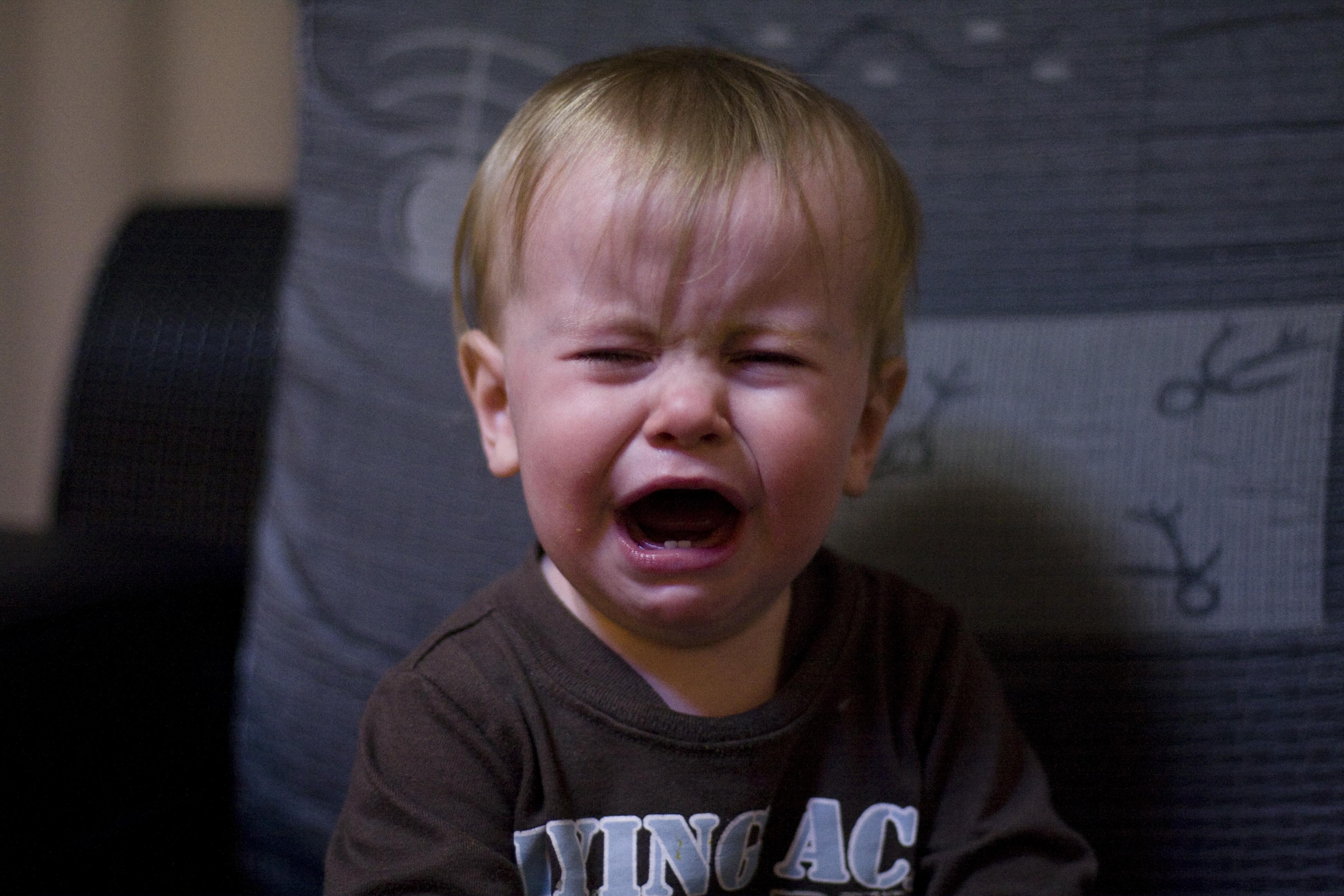 crying_baby_leo_562572.jpg