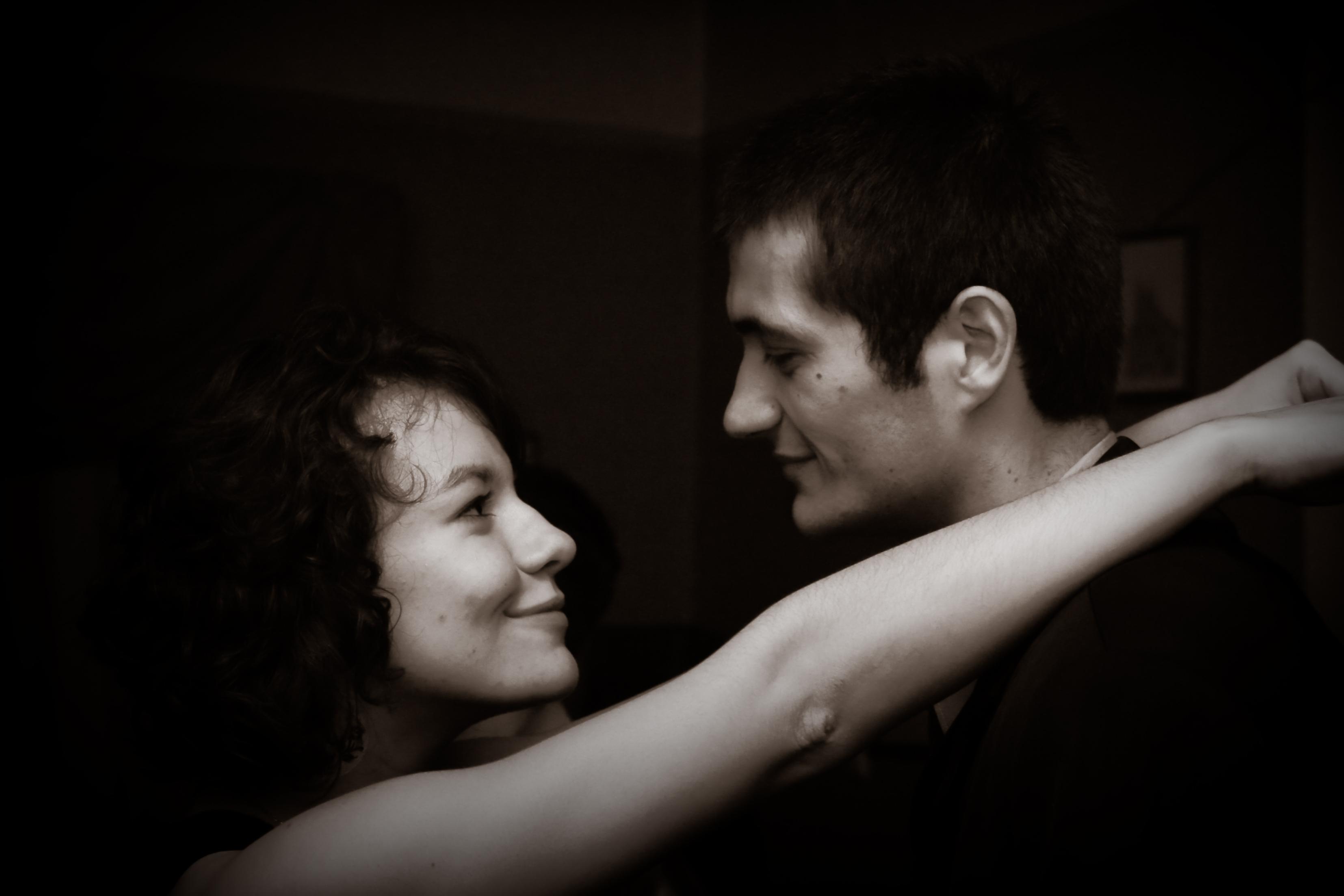 lovers-faces-1428976_1.jpg