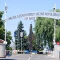 Nem nyilvános repülőtérré fejlesztik a kecskeméti katonai repülőbázist