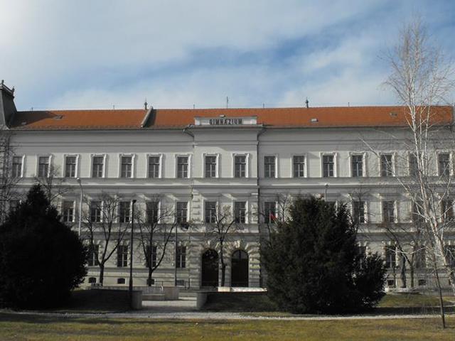 Mindenki elégedett Rója István makói iskolaigazgatóval, mégis leváltaná a helyi Fidesz