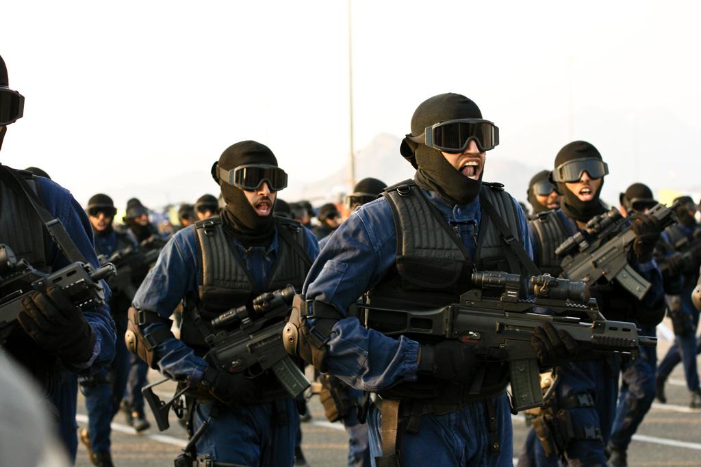 saudi_security_forces_on_parade.jpg
