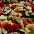 Pirított csiperkével és zöldségekkel gratinírozott farfalle