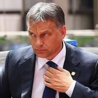 Orbán Viktor paranoid konteója: így riogass nem létező baloldali migránsokkal!