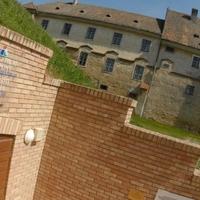 Hadtörténeti vármúzeum helyben?
