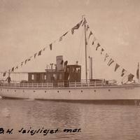 Képek a balatoni hajózásról