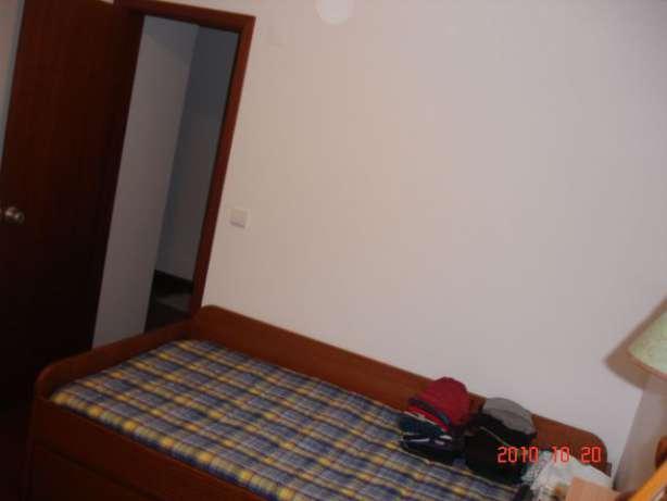 881332829_3_644x461_apartamento-t2-em-ponta-delgada-com-quintal-arrenda-se_rev002_1.jpg