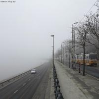 Akkora köd volt, hogy a 47-es villamos nem mert átmenni a Szabadság hídon ;)