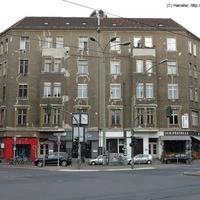 Lepukkant csavargás Kelet-Berlin szíve fölött