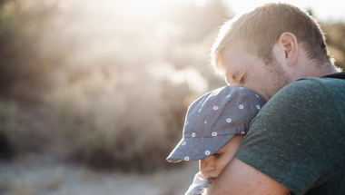 Erősödik az apák szerepe a családban