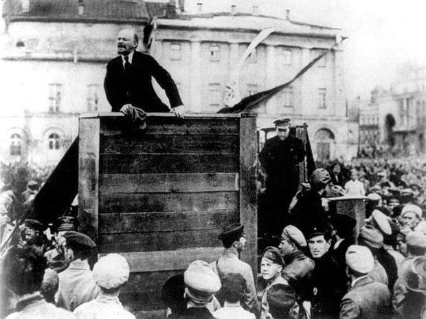 trotsky2.jpg