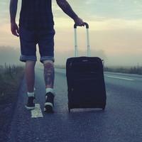 A magyar fiatalok fele elhúzna az országból