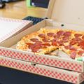 Életképek egy svájci pizzafutár hétköznapjaiból