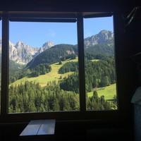 Vonattal a svájci pálmák alatt