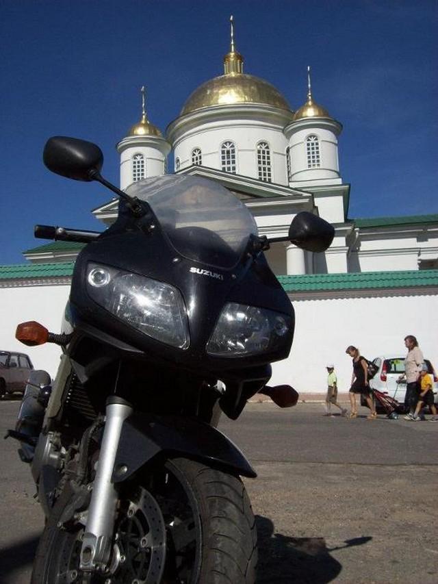 Motoros kirándulás Nyizsnij Novgorodban.jpg