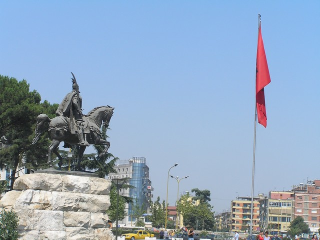 Tirana1.JPG