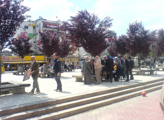Tiranai vasarnap.JPG