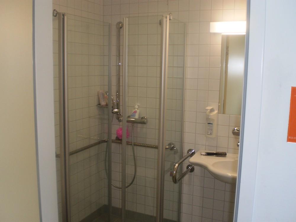 zuhany.JPG