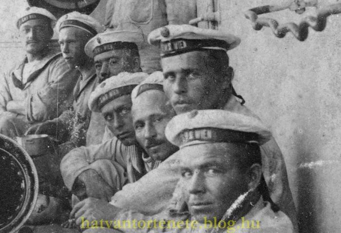 Részlet: az ülő sor jobboldali csoportja