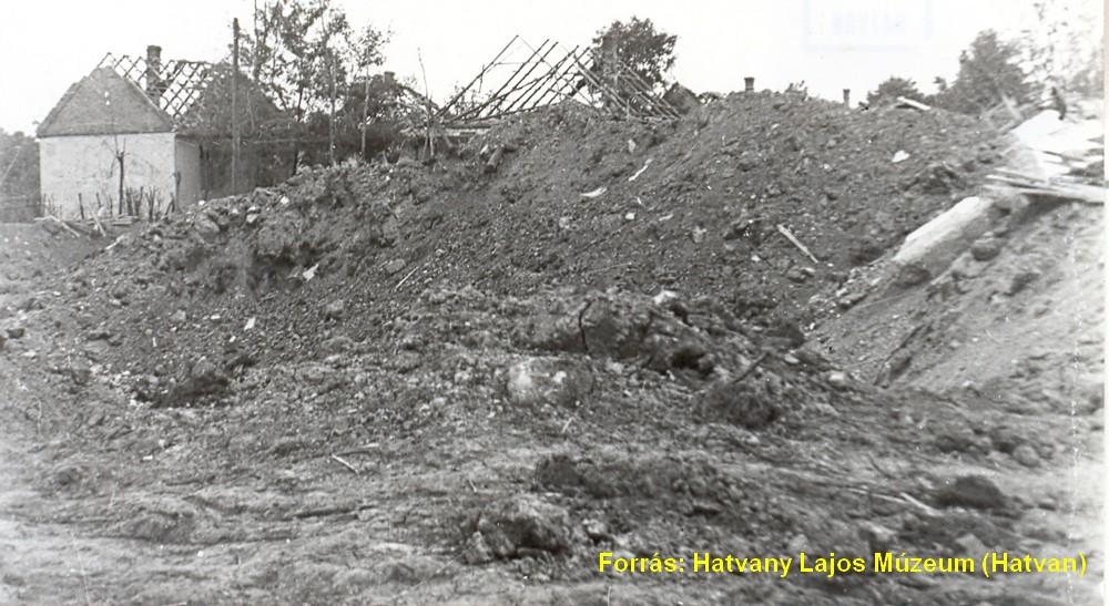 Újhatvani romok