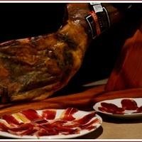 A világ legszexisebb combjai, avagy miért eszik az Istenek az ibériai makkoltatott disznó sonkáját?