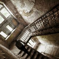 7+1 dolog, amit neked is feltétlen a lépcsőházban kellene tárolnod!