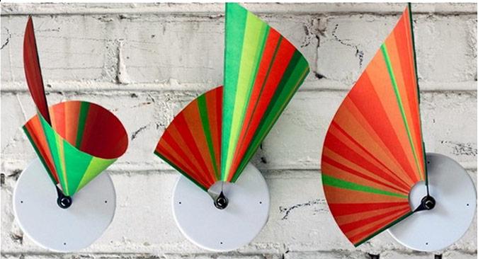 clock-turns-paper-fans-into-art.jpg