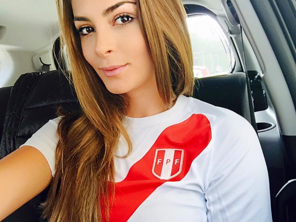 Laura Spoya, Miss Universe Peru 2015 (Fotó: facebook.com/Lauraspoyaoficial)