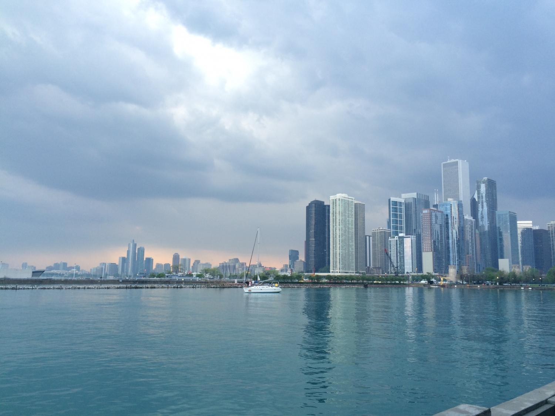 Chicago elmaradhatatlan kelléke a Michigan-tó. Számomra megunhatatlan a varos sziluettje a tó partjáról. - (Fotó: Hegyes Dóra)