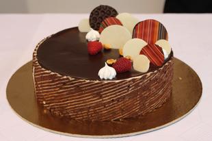 A Miskolci mézes mogyorós lett Miskolc tortája 2017-ben