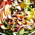 Ízes, színes, zamatos téli salátabomba