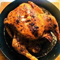Citromos, rozmaringos, vajas sült csirke