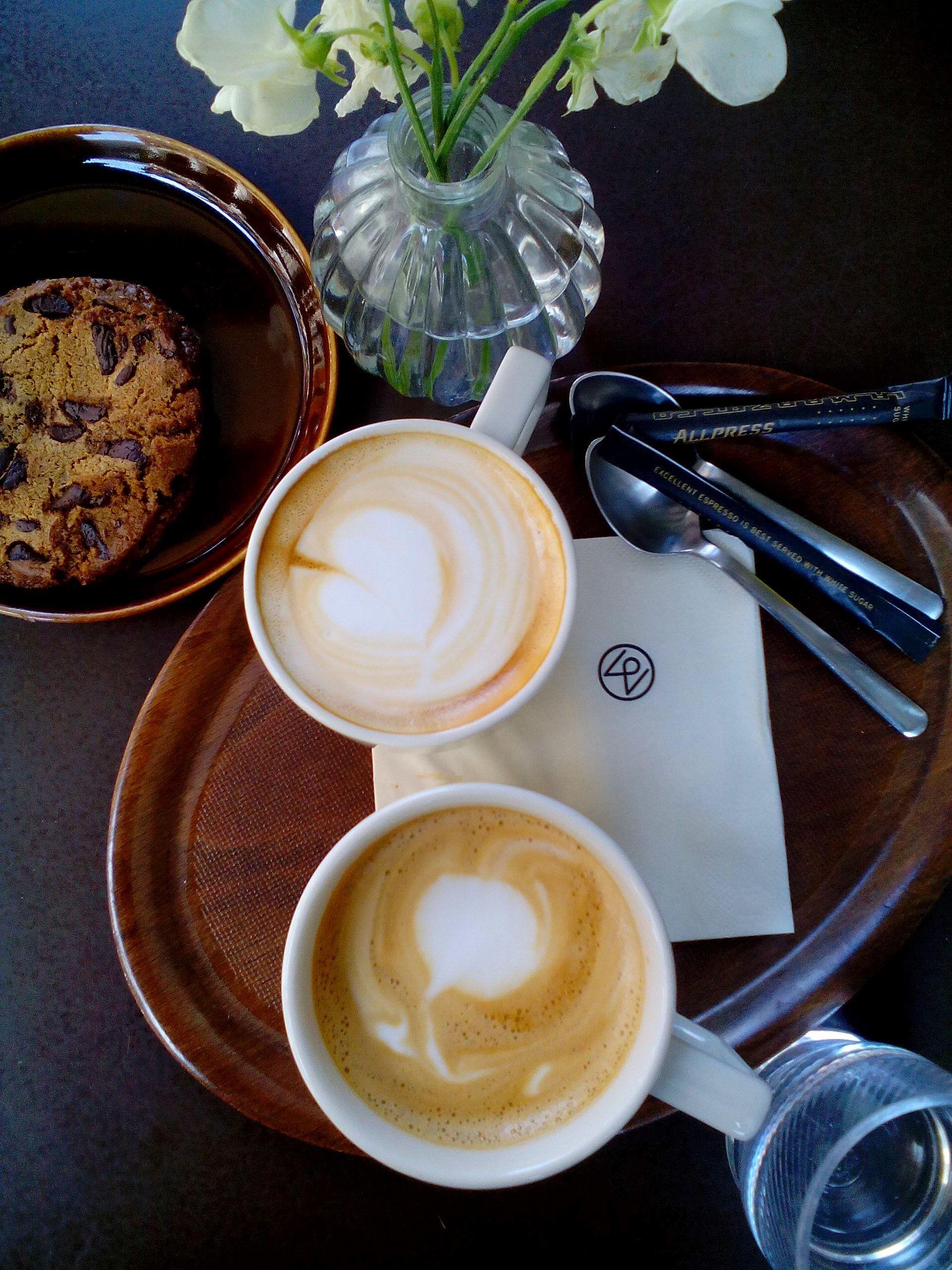 monocle_coffee_shop.jpg
