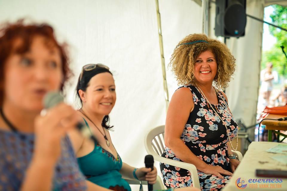 Soma Mamagésa az Új Egyensúly sátorban<br />Fotó: Vanik Zoltán