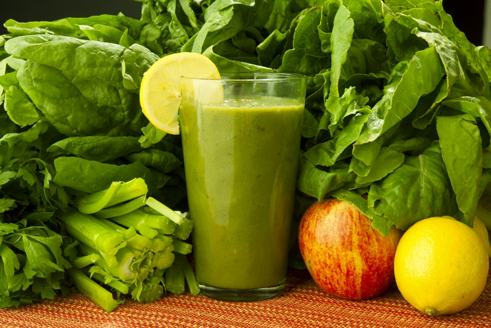 super-detox-green-smoothie-for-natural-weight-loss.jpg