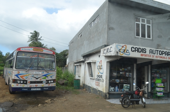 mauritius_bus.JPG