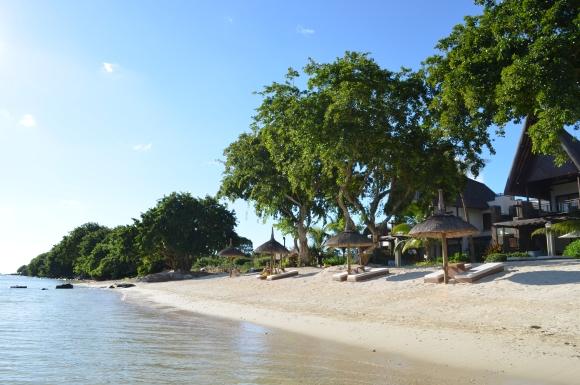 angsana_mauritius_beach.JPG