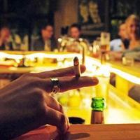 Füstölgés