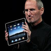 Steve Jobs lemondott!