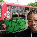 Választható graffitikkel szállítják az új távolsági buszokat