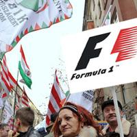 Rajtzászlót égetett a Jobbik
