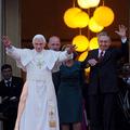 A nap képe: Villantott a pápa
