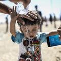 Tetszik az új iPhone a szíriai kurd menekülteknek