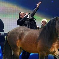 A Compact Disco nyerte a bakui lópiacon rendezett Pet Shop Boys-hasonmásversenyt