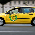 Sorkatonság helyett kötelező taxiszolgálat