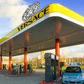 Versace benzinkút nyílik az Andrássy úton