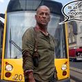 Egyedül tart Critical Mass-t Bruce Willis